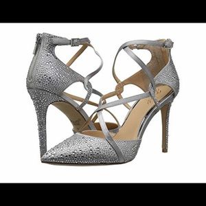 Badgley Mischka Jewel Alivia II Pumps